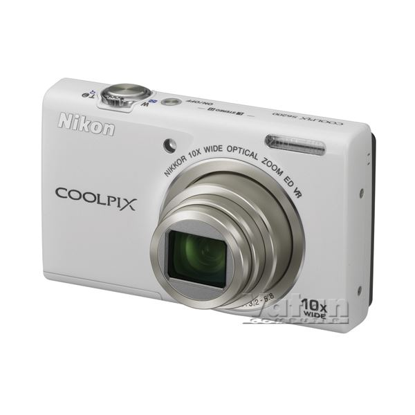 COOLPIX S6200 16 MP 2.7
