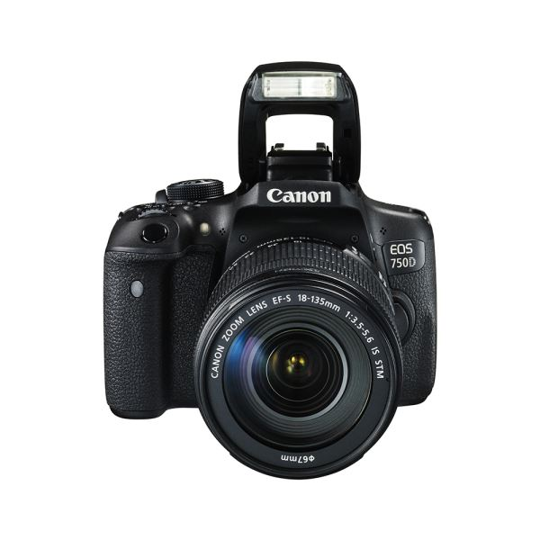 CANON EOS 750D 18-135 IS 24.2  MP 3,0