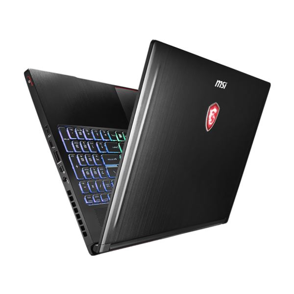 MSI GS63VR STEALTH 4K CORE İ7 7700HQ 2.8GHZ-16GB-256SSD+2TB-15.6''-GTX1060-W10