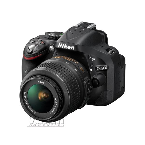 NIKON D5200 18-55mm VR KIT 24.1 MP 3,0